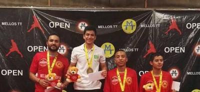 Estudiante de la UIS ganó oro para Santander en el tenis de mesa.
