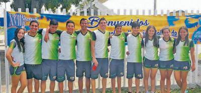 La delegación santandereana que compitió en la Copa Delfín de Oro de Cali realizó una brillante actuación.