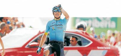 El colombiano Miguel Ángel López, del Astana, volvió a hacer de las suyas en la montaña de la Vuelta a España y logró su segunda victoria de etapa en el Alto Hoya de la Mora en Sierra Nevada.