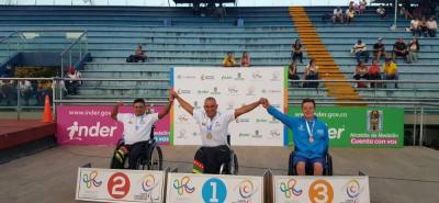 El santandereano Moisés Fuentes García sigue vigente y así lo demostró durante el I Open Internacional de Natación Paralímpica Medellín 2017 con 6 medallas de oro y una de plata.