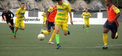 La selección Santander sub 21 de fútbol venció 3-1 a Bolívar y avanzó a la Ronda Final del Campeonato Nacional de la categoría. El cuadro 'hormiguero' es líder del Zonal de Bucaramanga.
