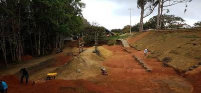 Los competidores podrán hacer el reconocimiento de la nueva pista de ciclomontañismo el próximo fin de semana.