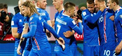 Islandia vuelve a hacer historia y Serbia regresa a un Mundial