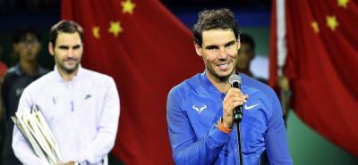 Federer venció a Nadal y se quedó con el título en Shanghái