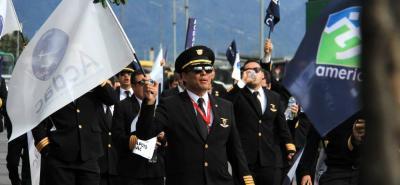 Se espera que 700 pilotos también regresen a sus labores, luego del fallo que declaró ilegal el paro.