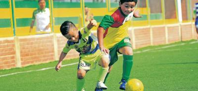 El equipo Petizos FC (verde y azul) derrotó 8-2 a Talento Santandereano y se clasificó para el Zonal Santander del Festival Ponyfútbol en las categorías Sub 8 y Sub 9. El segundo cupo fue para Comfenalco B.