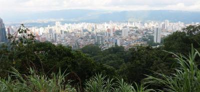 Proponen intercambiar terrenos para proteger los cerros orientales de Bucaramanga