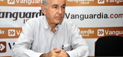 Después de 19 meses en la junta directiva del Acueducto Metropolitano, Carlos Alberto Gómez renunció a su cargo y sería uno de los postulados al Senado por el uribismo.