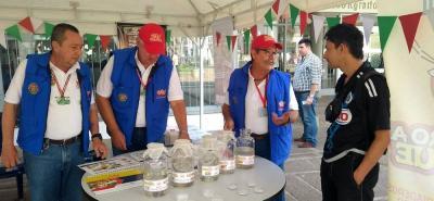 Las capacitaciones y socializaciones se están llevando a cabo en las capitales de las provincias, en esta ocasión, se ejecutó en el parque La Libertad de San Gil.