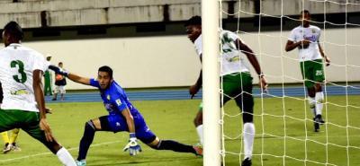 En el cierre del partido, Bucaramanga perdió 1-0 con Tolima en Ibagué