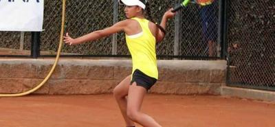 La tenista santandereana Valeria Carreño, integrante del equipo Milo y adscrita a la Liga Santandereana, se consagró ayer campeona del Torneo Cosat Grado I en Perú en categoría 14 años.