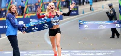 La estadounidense Shalane Flanagan se impuso ayer en la XLVII edición del Maratón de Nueva York, tras imponer su mejor ritmo en el tramo final de la competencia.