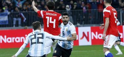 con gol del 'Kun' Agüero, Argentina le ganó 1-0 a Rusia.