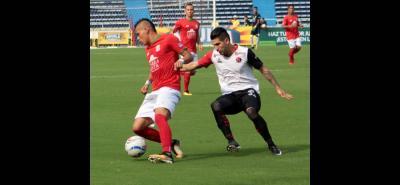 Pese a perder 2-1 ante el Barranquilla, Cúcuta ganó la eliminatoria y se clasificó a las semifinales del Torneo Águila donde ahora se medirá a Leones de Antioquia. La otra semifinal la jugarán Real Cartagena y Llaneros, que eliminaron a Pereira y Quindío, respectivamente.