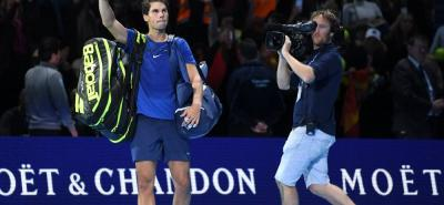El español Rafael Nadal no pudo con sus dolores en la rodilla derecha y decidió retirarse de las finales ATP.