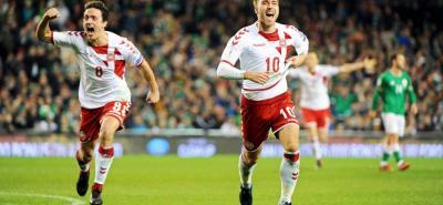 Con Christian Eriksen como gran figura, Dinamarca goleó 5-1 en Dublín a Irlanda y se clasificó a la Copa Mundo de Rusia, convirtiéndose en la selección número 30 en lograrlo.
