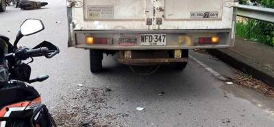 Contra este furgón chocó la joven Kimberlyn Santamaría Rodríguez, de 24 años de edad.