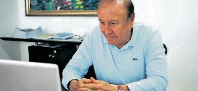 El alcalde Rodolfo Hernández anunció que contratará abogados expertos para enfrentar jurídicamente la expedición de una licencia para explotación minera cerca a Santurbán.
