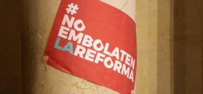 Ayer jueves la Misión de Observación Electoral, MOE, le pidió al presidente Santos que le retire el apoyo al proyecto de la reforma política porque se ha modificado de forma sustancial.