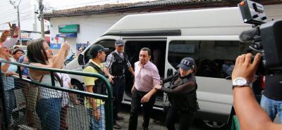 La Fiscalía continúa hoy con el proceso de imputación de cargos contra el exalcalde Luis Francisco Bohórquez por el escándalo de corrupción con la iglesia Manantial de Amor.