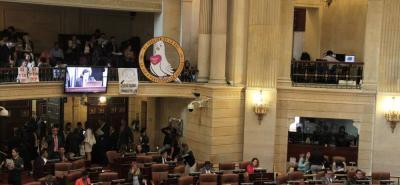 Con 25 votos a favor, el Senado dejó en firme la conciliación de la JEP