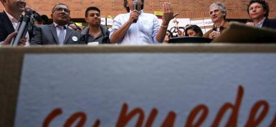 Sergio Fajardo hizo un llamado para que no se descarte la posibilidad de una coalición de centro - izquierda para afrontar las elecciones presidenciales del 2018.