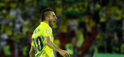 Jhon Pérez y 'Gavilán' Gómez se quedan en el Atlético Bucaramanga