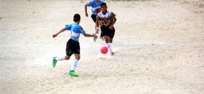 Con goles de Kevin Flórez, Anderson Salazar, y José Ortiz el equipo de la Urbanización Quinta Oriental de Cúcuta (celeste) derrotó 3-1 a Ideflorida y se quedó con el título del Festival de Fútbol Ponyfútbol zona Oriente y ahora jugará la final en Medellín.