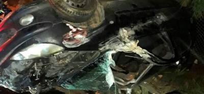 Un herido dejó accidente con carro volcado en Bucaramanga