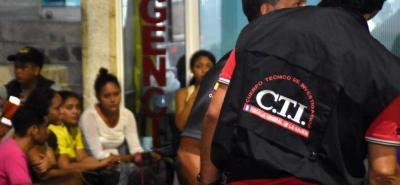 El 28 de diciembre en la noche unidades del CTI llegaron hasta la Clínica San Nicolás para realizar el levantamiento del cuerpo.