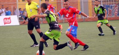 Minesa - Arroz San Rafael - La Victoria y las UTS - Alcaldía de Piedecuesta - Veralima disputaron el 'clásico' de la última fecha de la fase de grupos que se saldó con un emotivo empate 2-2.