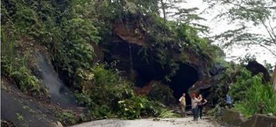 Cierre total en la vía Barbosa - Landázuri por derrumbe