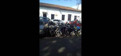 Los habitantes de Girón y el área metropolitana ha aumentado el uso de las motocicletas y vehículos.