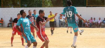 Uno de los clásicos de la tercera fecha de la Copa Financiera Comultrasan en la cancha de El Bueno, terminó con victoria 1-0 de Fedec 20 años sobre Aguardiente Antioqueño.