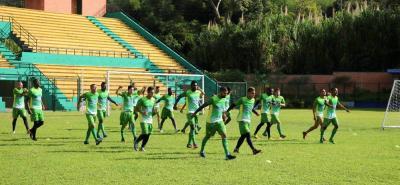 Luego de un 2017 que lo tuvo muy cerca del descenso, Atlético Bucaramanga busca mejorar en el 2018. De la mano del entrenador argentino Diego Cagna, el cuadro 'Leopardo' busca ingresar al grupo de los ocho.