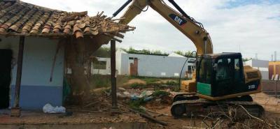La demolición del colegio Ángulo es la primera fase de la construcción de una nueva institución educativa, con mejores estructuras para la enseñanza.