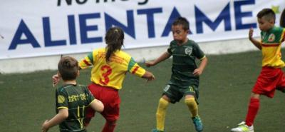 Nuevos talentos del fútbol se formarán en Bucaramanga