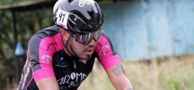 El pedalista bogotano Félix Barón del equipo Aroma y Gourmet, es el nuevo líder de las metas volantes de la Vuelta al Táchira.