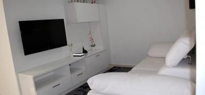 Los apartamentos de Innova cuentan con tres habitaciones, amplias zonas de entretenimiento y de trabajo, entre otros. Así como diversas zonas comunes.