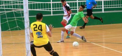 El juego entre los equipos de la UIS y Gigiomanía terminó igualado a un tanto por bando.