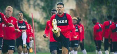Radamel Falcao García regresa al terreno de juego tras recuperarse de su lesión