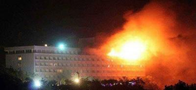 Al menos cinco heridos y dos insurgentes muertos en ataque a hotel de lujo en Afganistán
