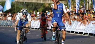 El velocista antioqueño Fernando Gaviria Rendón ganó dos etapas el año pasado en la Vuelta a San Juan, de la cual fue su primer líder, y espera en 2018 reeditar esas actuaciones para empezar a sumar victorias de etapa en esta nueva temporada que inicia para él en Argentina.