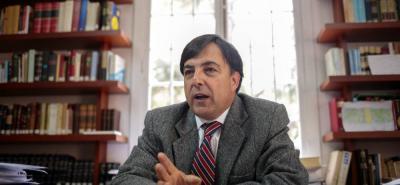 El registrador nacional, Juan Carlos Galindo, anunció que acudirá al Ministerio de Hacienda por los recursos para las consultas.