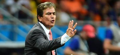 El entrenador santandereano Jorge Luis Pinto aseguró que su representante negocia con la Federación Ecuatoriana de Fútbol la posibilidad de que él dirija la selección absoluta de ese país.
