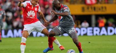 Independiente Santa Fe derrotó ayer 3-1 al América de Cali en la final del Torneo Fox Sports Colombia, que se jugó en Bogotá y en el que también participaron Millonarios y Deportivo Cali.