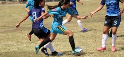 Con un partido en rama femenina se abrió la competencia en el Mundialito de la Asociación de Clubes de Floridablanca, Asoclufflor.