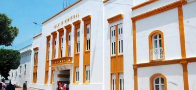 Denuncian el robo de un computador de la Secretaría de Infraestructura de Barrancabermeja, cartera que es manejada por Gerson González, vinculado al escándalo de corrupción de Manantial de Amor en Bucaramanga.