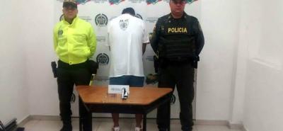 El sospechoso fue detenido por miembros de la Policía del Magdalena Medio.