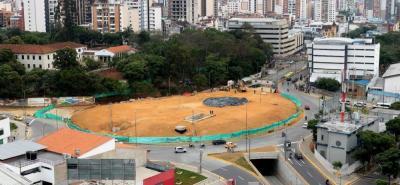 El 1 de febrero, el Tribunal Administrativo de Santander revocó la medida cautelar y el fallo que impedían intervenir el predio de la Normal Superior. Las obras del Intercambiador del Mesón de los Búcaros se reanudaron el 9 de febrero.